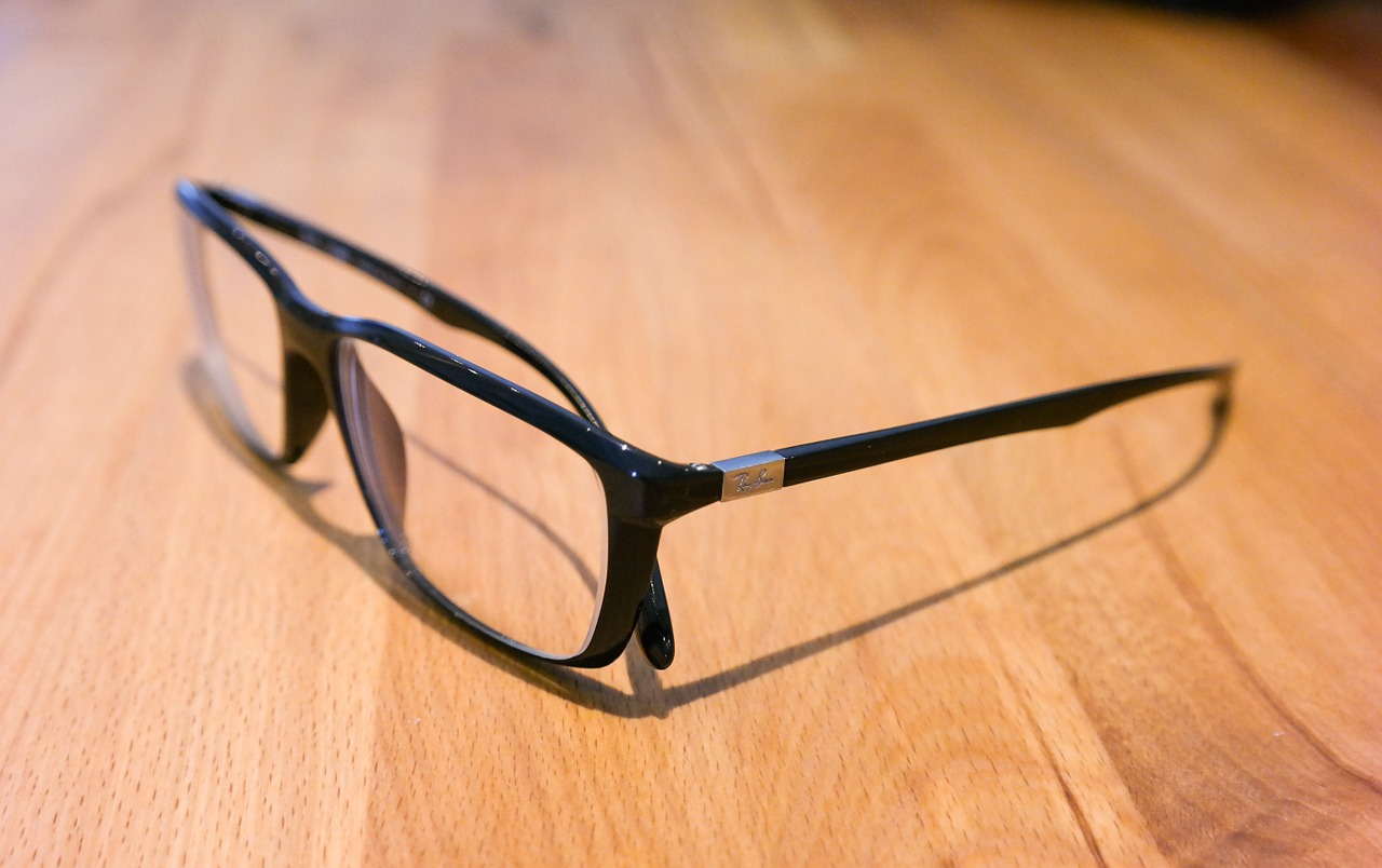 Things to consider when buying glasses